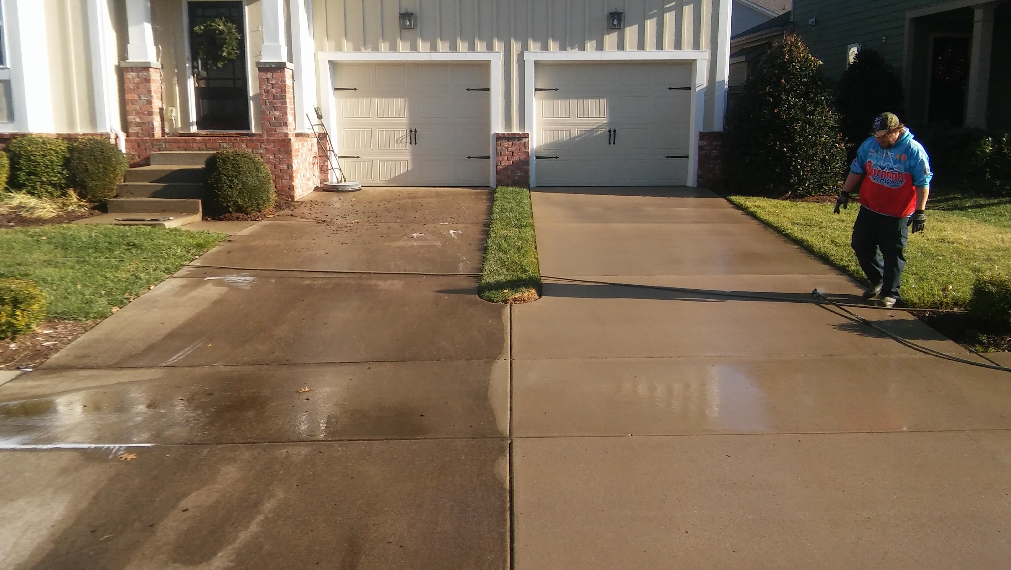 Driveway pressure washing outdoor prowash for Driveway pressure washer